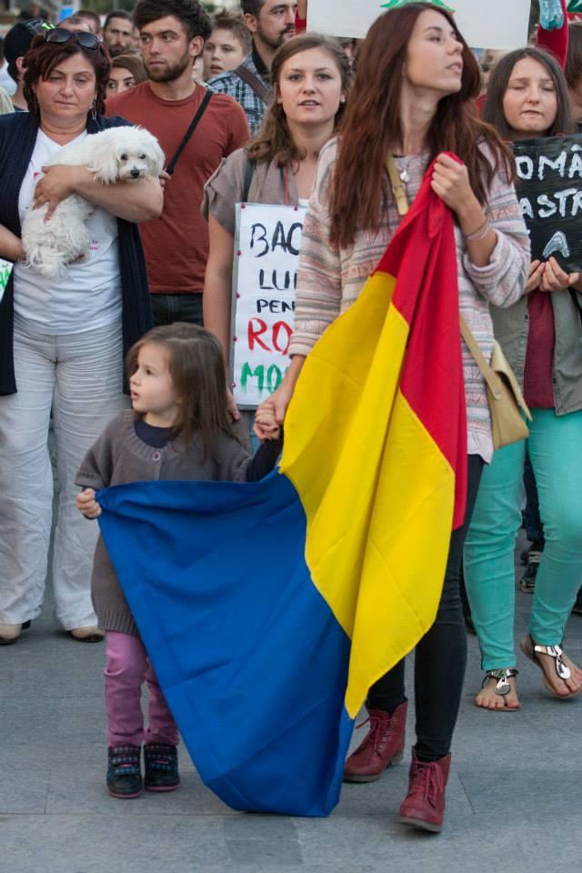 protest bacau rosia montana